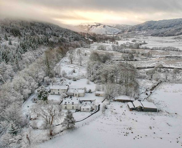 Skye Cottage, Magical Mountain & Glen Views