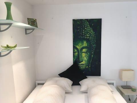 Studio in Einfamilienhausquartier