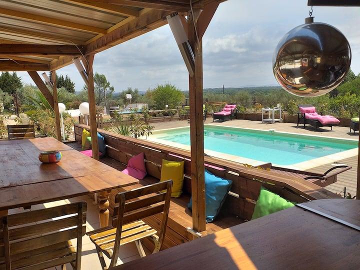 mazet 2  a 6 pers  piscine karaoke salle des fetes