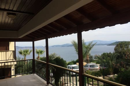 Foca Beautiful 4BR Beach Villa with great views