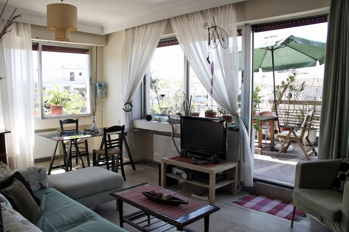 Perfectly located sunny apartment - 塞薩洛尼基 - 公寓
