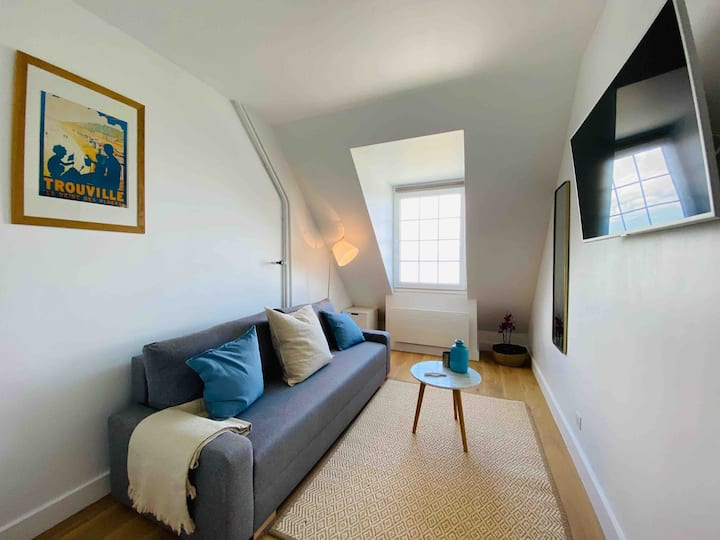 Studio with sea view - Trouville-Parking included