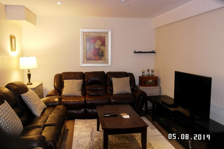 Executive residential place with NETFLIX