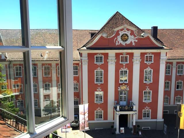 Elegant holiday apartment in historic Meersburg