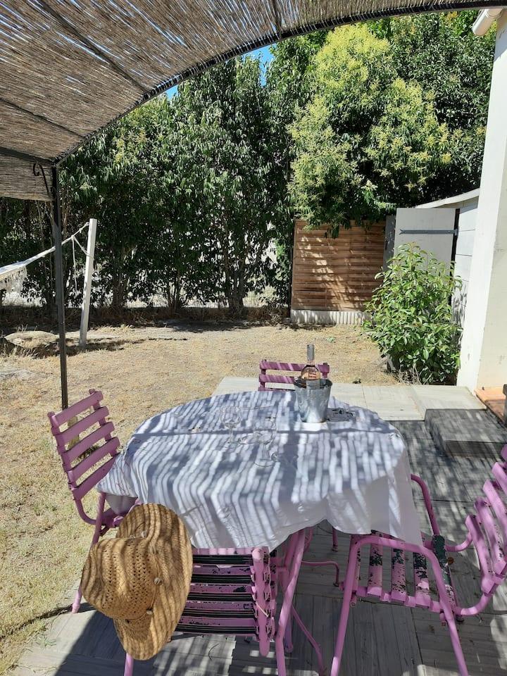 maison cosy en Provence avec jardin clôturé