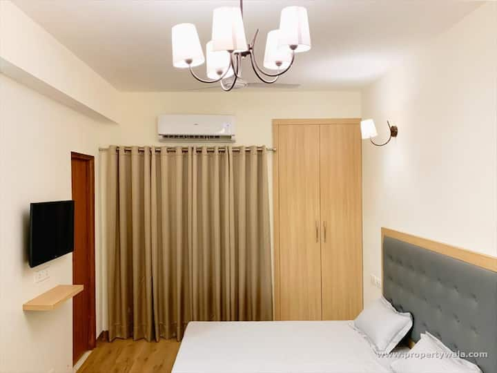 Top Place for Stay/Couple Friendly