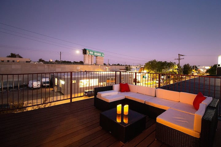 Baker Penthouse Loft w/ private rooftop deck