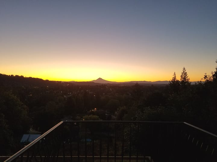 Private Suite! Stunning Mt.Hood Views & much more!