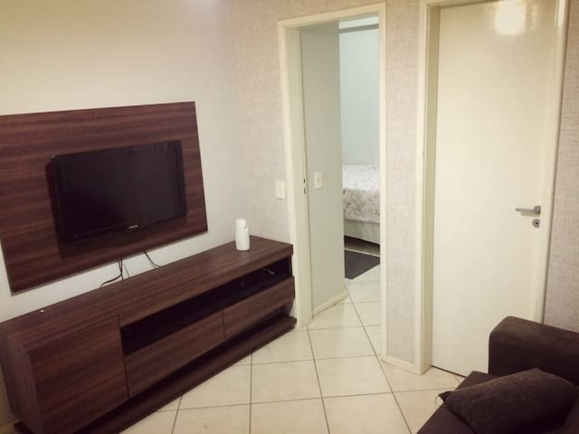 Budget flat 5 min from the airport - Brasília - Apartment