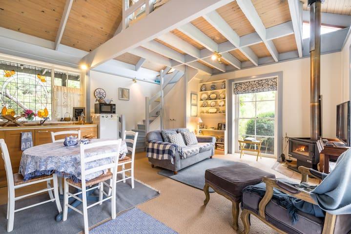 Bluestone cottage sleeps 3