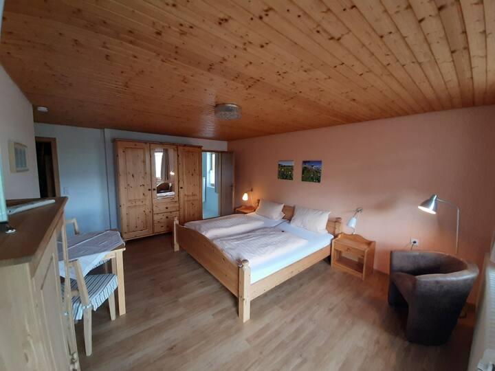 Haus Tannenhof, (Ibach), Doppelzimmer Arnika mit Dusche und WC