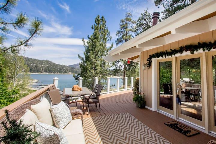 PRICE CUT! ~Lakefront Wonder~ BOAT DOCK•VIEWS•SPA