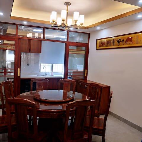 阳江高铁站近闸坡独栋三楼两室一厅中式美居