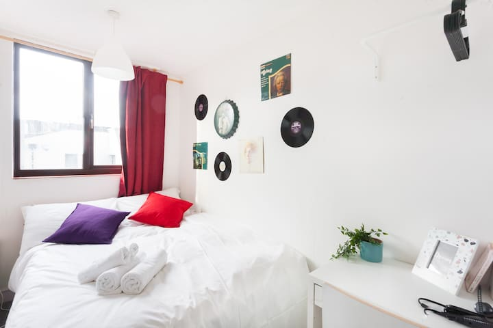 Cozy Double Room in Camden Market