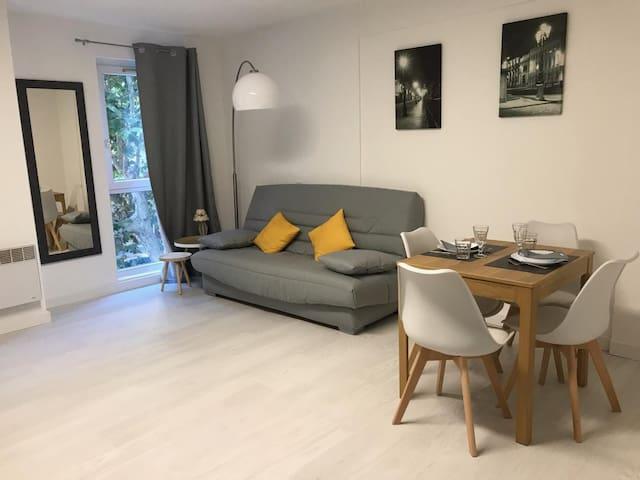 Le Molière joli studio