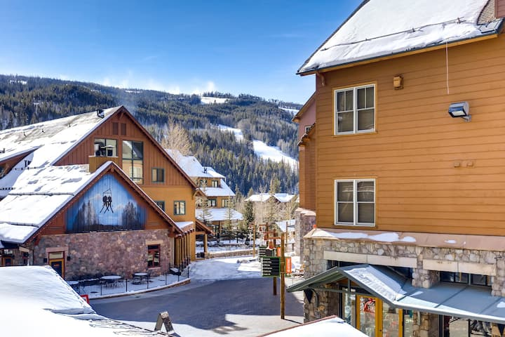 ★ KEYSTONE CONDO ★ Ski in/out ★ RiverRun Village!