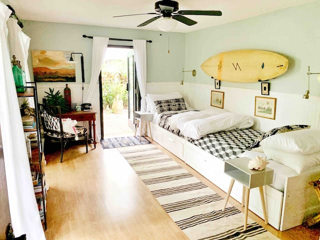 Twin bedroom has two comfortable twin beds with quality linens