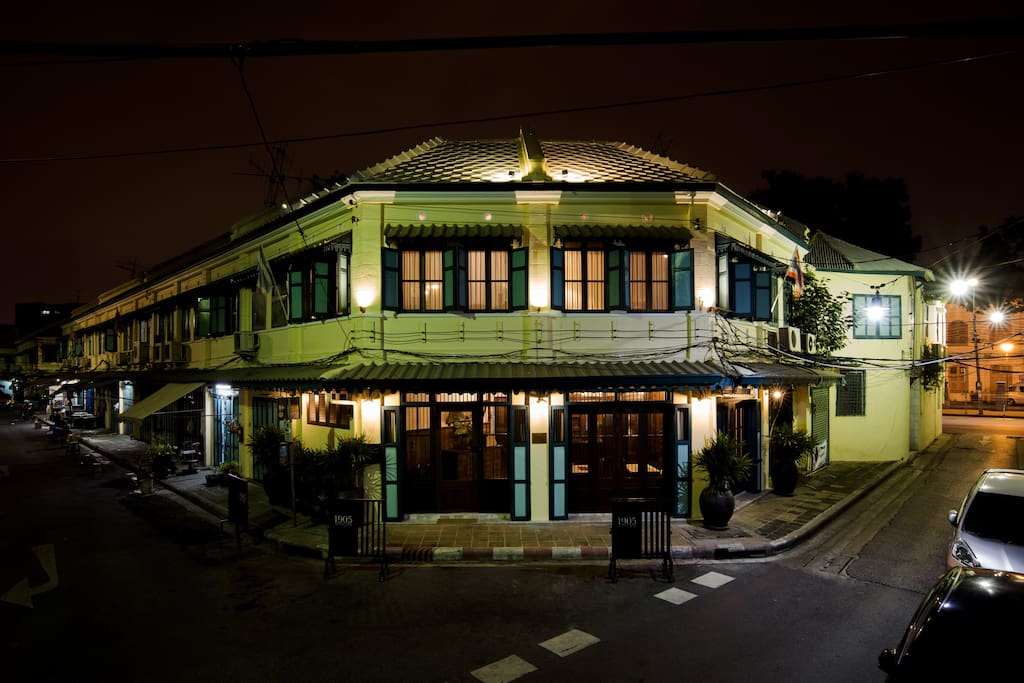 A pair of 2-storey shophouses fully-restored and refurnished to the original style of the early nineteenth century, attaining a quality standard that is unusual these days