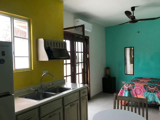 Stunning cottage in Playa del Carmen w/ 1 Bedrooms and Internet