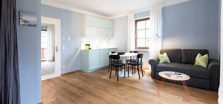 """Studio-Apartment """"Traunsee"""" in Villa Riedenburg"""