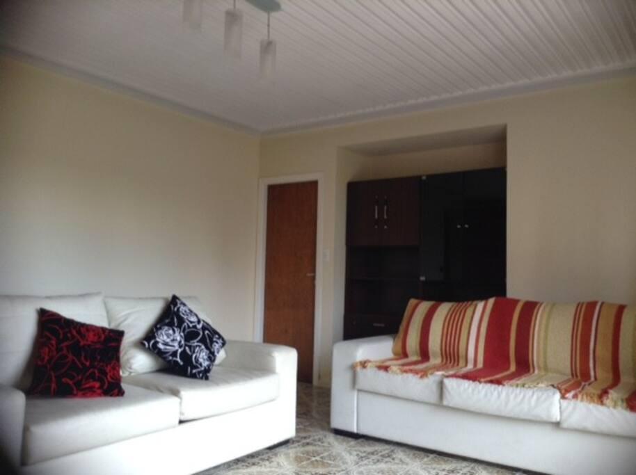 Sala de estar con sofa cama de 2 plazas y sofa