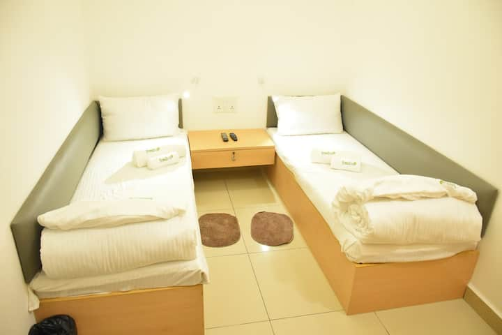 A/C Double Room in Freshup Tiruvannamalai