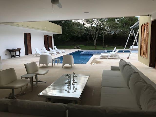 Villa lujosa en Mesa de Yeguas