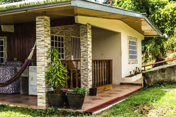Small Country house in Panama City Alcalde Diaz
