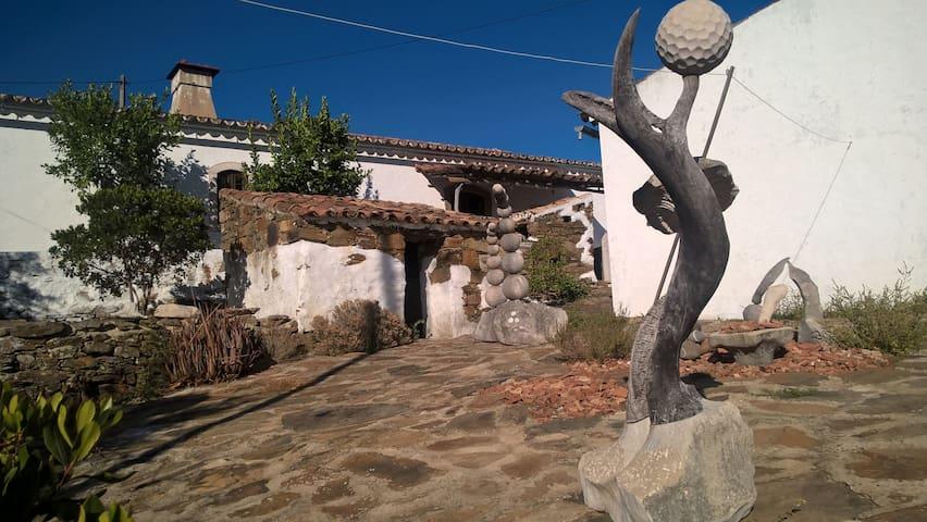 Casa Cercadinho - Faro - Hus