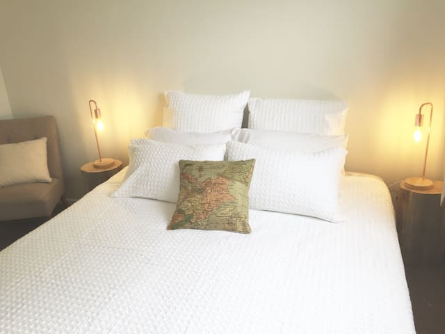 Hotel quality Super King or Twin Single beds