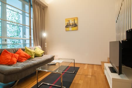 1 Bedroom Loft Ultra-Luxury Suite 6 Somerset MRT