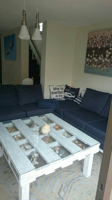 Lovley couch to relax.