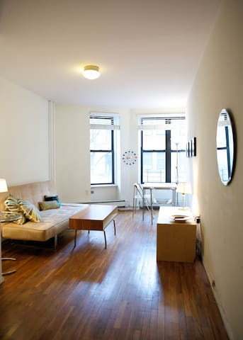 UWS Townhouse 1BR  Modern, Bright 3A