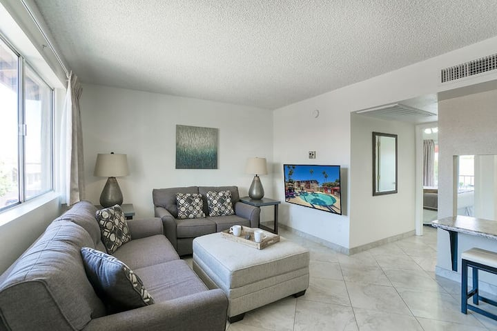 All the comforts of home with the perks of resort living!  Book Now!! 206