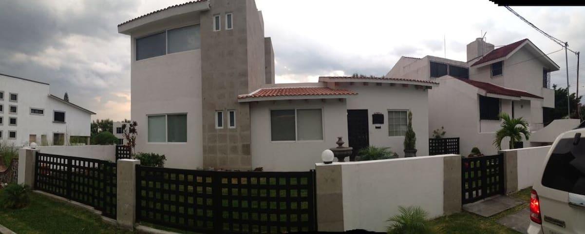 Casa artesanal en Lomas de cocoyoc - Oaxtepec