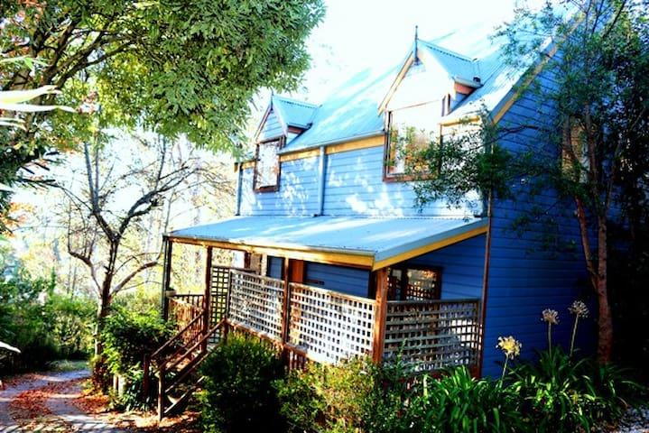 The Blue House Katoomba