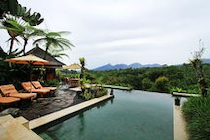 Heaven in Bali ( Formerly Orchid Villa) - Payangan - 別墅