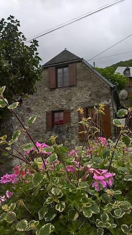 Grange le Louchou à  Couledoux