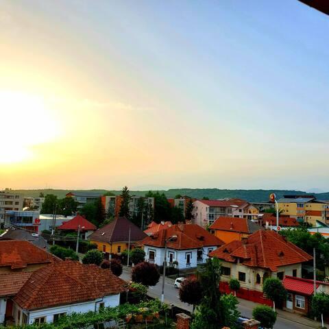 Târgu Jiu Home with a View