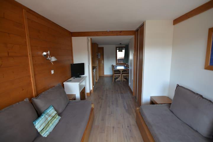 Alpe d'Huez - Apt 50 m2 rénové centre station - Huez - Daire