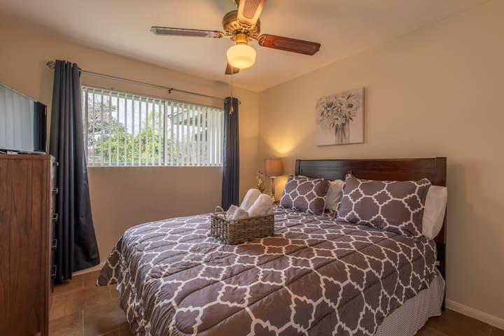 Traveller RN: Furnished & Clean Private Room-D2