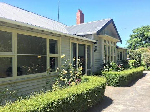 Cust character home, two separate rooms available
