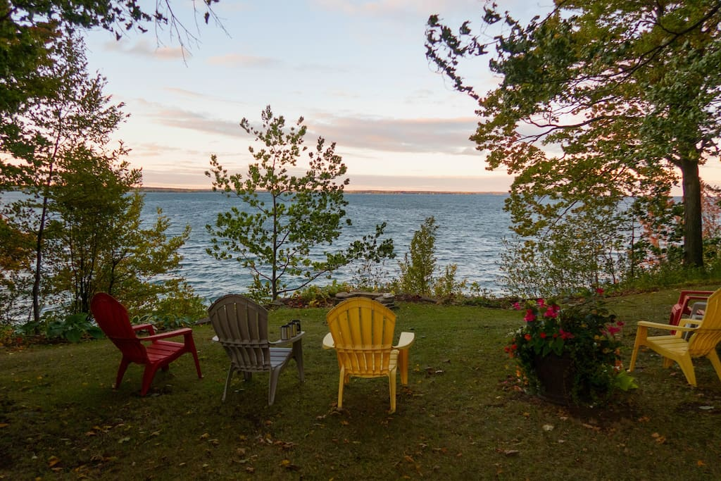 The continuously changing vista across Lake Ontario and South Bay makes a great place to sit and relax.