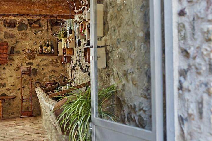 Casa Pau: Apartament amb vistes a la tremoluga