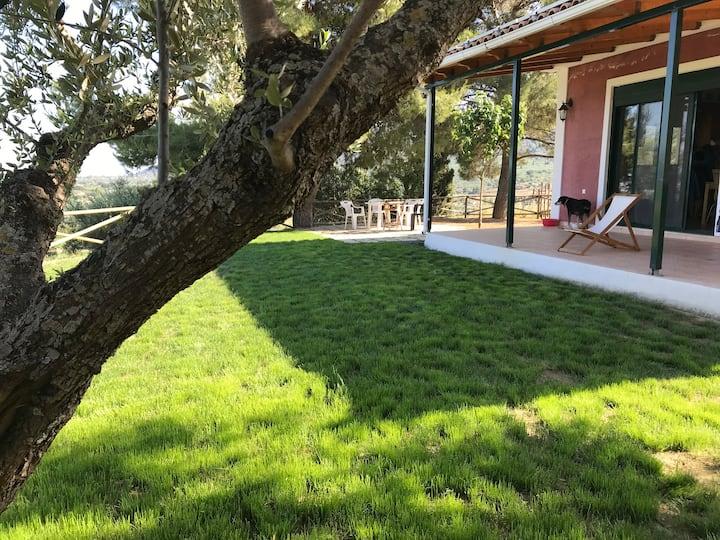 RACHI, Cozy,  independent Villa, Amazing view,