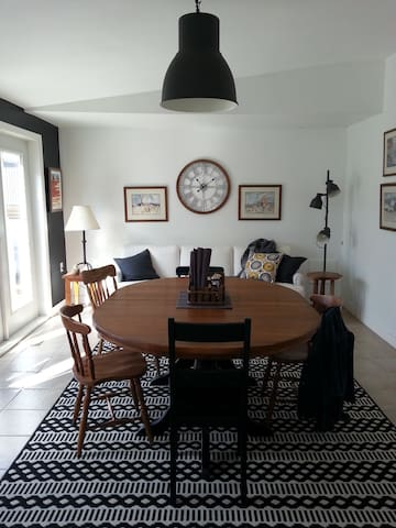 Great room dining area adjacent to kitchen, help yourself breakfast, treats served to great guests, social gather table, great for meeting and sharing tales. Make a friend, learn something, enjoy a couthie experience.
