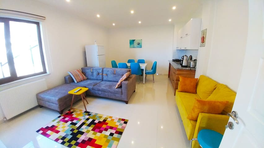 Premium apartment w Seaview, Private Garden