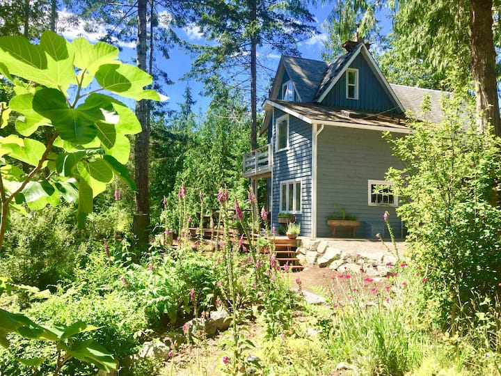 Women's 3 mo STUDIO Residency at Be Home cabin