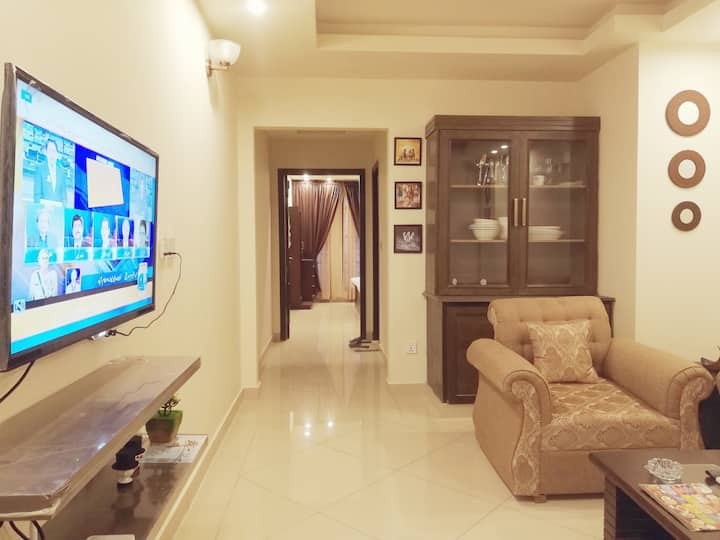 1Bed Executive Apartment With Free WiFi & Smart TV