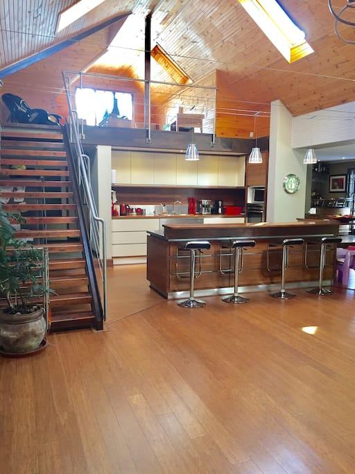 Open plan kitchen/ lounge